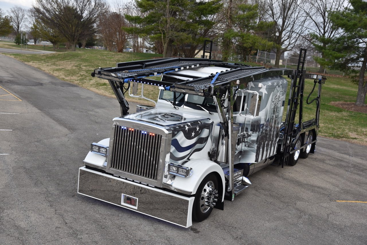 Jake R 2006 Peterbilt 379 Car Carrier