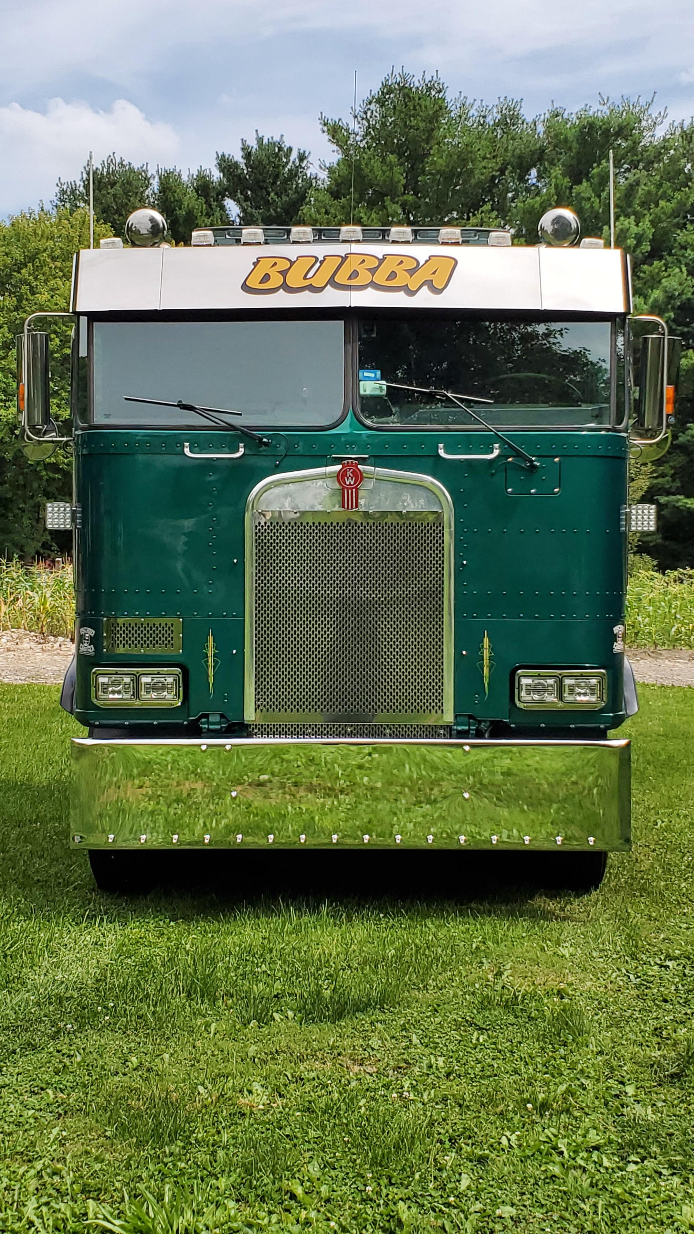 Bubba D 1989 Kenworth K100E